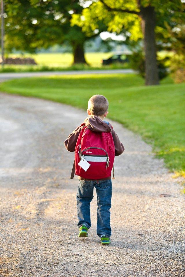 Paprastai 5–8 klasių vaikams tėvai skiria 5–7 Eur per savaitę, tačiau net 70 proc. jų kišenpinigius išleidžia užkandžiams, dar 39 proc. pažymi perkantys internetinius žaidimus.<br>Pexels.com nuotr.