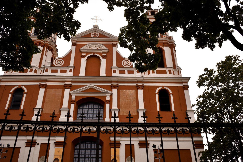 Gintaro Sodeikos kūrinys bus atliekamas Pilypo ir Jokūbo bažnyčios karilione, taip pat – iš bažnyčios kriptos.<br>Organizatorių nuotr.