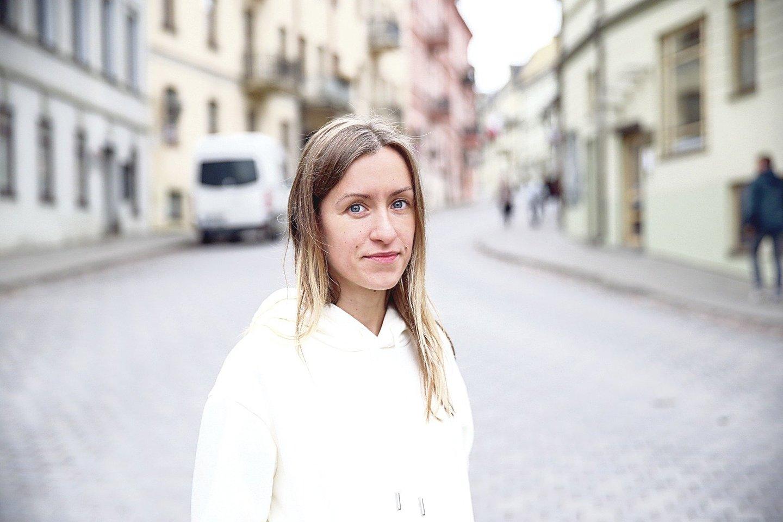 Trisdešimtmetė vertėja ir rašytoja I.Toleikytė laisvalaikiu renkasi ne vakarėlius, o knygas ir žygius miške.<br>R.Danisevičiaus nuotr.