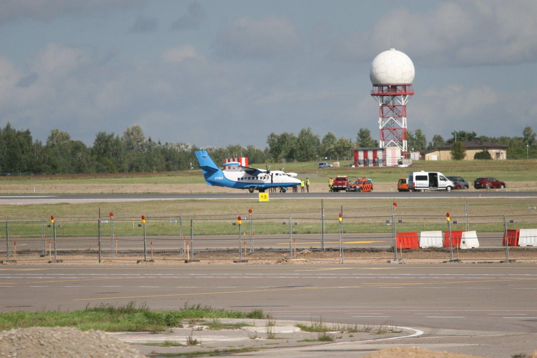 Sprogo lėktuvo padanga.<br>Scanpix nuotr.