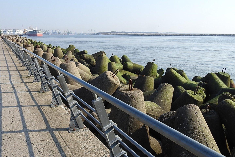 Šiaurinis uosto bangolaužis – pėsčiųjų promenada.<br>G.Pilaičio nuotr.