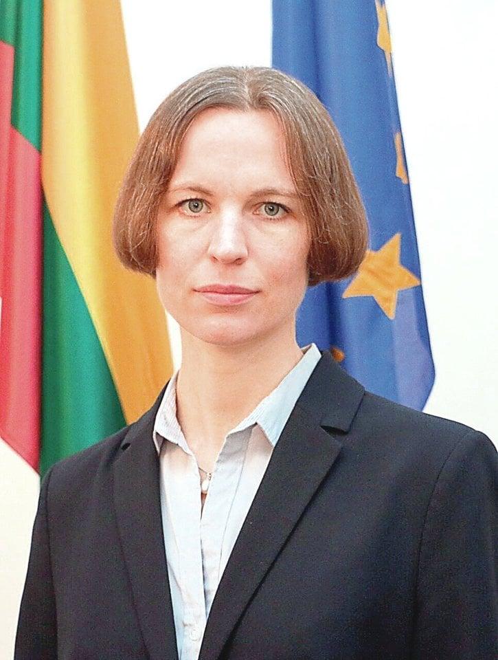 Buvusi D.Grybauskaitės patarėja R.Kaziliūnaitė įtiko ir dabartiniam prezidentui G.Nausėdai – ji paskirta trečiąja Specialiųjų tyrimų tarnybos direktoriaus pavaduotoja, kuri turėtų būti atsakinga už naujo įstatymo įgyvendinimą.