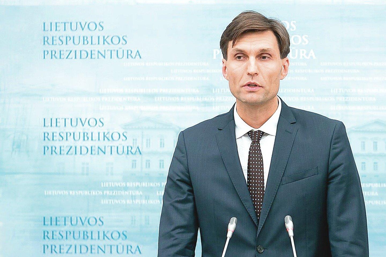 Vienas prieštaringai vertinamo projekto gimdytojų – prezidento vyriausiasis patarėjas nacionalinio saugumo klausimais D.Kuliešius.