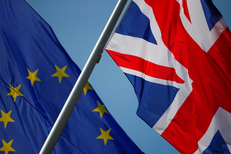 """Britų parlamentarai nepaisydami ES pasipiktinimo parėmė naują """"Brexit"""" įstatymą. <br>Reuters/Scanpix nuotr."""