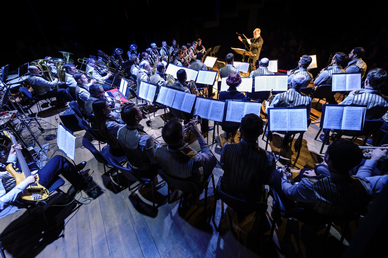 """Trimitui""diriguoja L.Karlssonas.<br>D.Matvejevo nuotr."