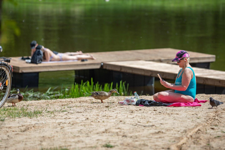 Vilniaus paplūdimiuose oficialiai baigtas maudynių sezonas.<br>S. Žiūros nuotr.