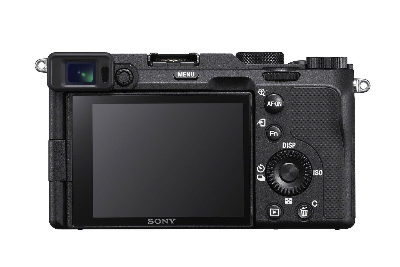 """""""Sony"""" pristato mažiausią pasaulyje viso kadro sisteminį fotoaparatą """"Alpha 7C"""" (ILCE-7C) su universaliomis kokybiškos fotografijos ir 4K filmavimo galimybėmis.<br>""""Sony"""" nuotr."""