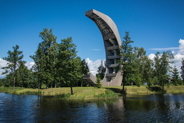 Kirkilų apžvalgos bokštas Biržų regioninio parko teritorijoje – trijų dešimčių metrų aukščio.