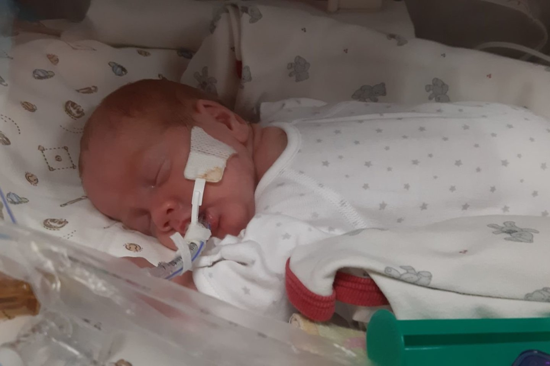 Tautvydas gimė 24 nėštumo savaitę, o akytes pramerkė po dviejų savaičių.<br>Asmeninio archyvo nuotr.