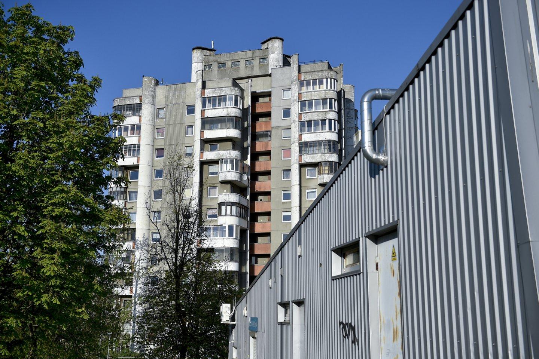 Lietuvos statistikos departamentas skelbia, kad šių metų antrąjį ketvirtį, palyginti su tuo pačiu laikotarpiu pernai, būsto kainos Lietuvoje augo 7 proc. Nekilnojamojo turto ekspertas Remigijus Pleteras teigia, kad nors kainų augimas ir atspindi pokyčius rinkoje, galimybių įsigyti prieinamą būstą vis dar apstu net ir šalies sostinėje.<br>V.Ščiavinsko nuotr.
