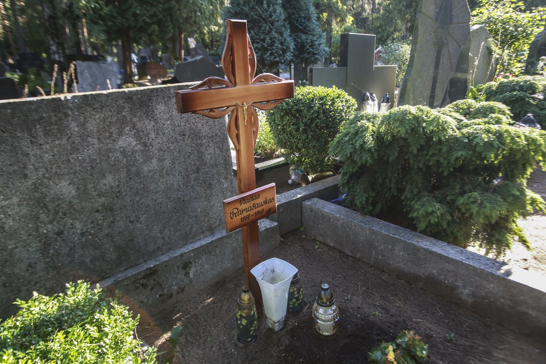Ginčą dėl kapo Petrašiūnuose netrukus narplios aukštesnės instancijos teismas.<br>G.Bitvinsko nuotr.
