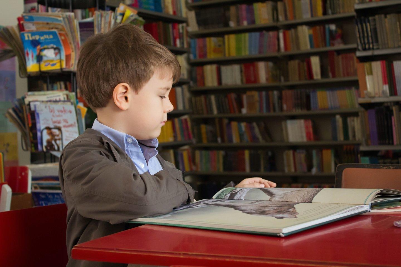 """Verslumą, kaip ir dauguma dalykų, vaikai pirmiausia suvokia per tai, kaip jį perduoda tėvai.<br>""""Unsplash"""" nuotr."""