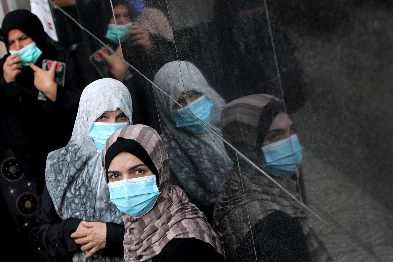 DI išskyrė 33 dažniausias sapnų temas – 20 iš jų buvo labai negatyvios. 55 proc. blogų sapnų (košmarų) buvo susiję su pandemija.<br>Reuters//Scanpix nuotr.