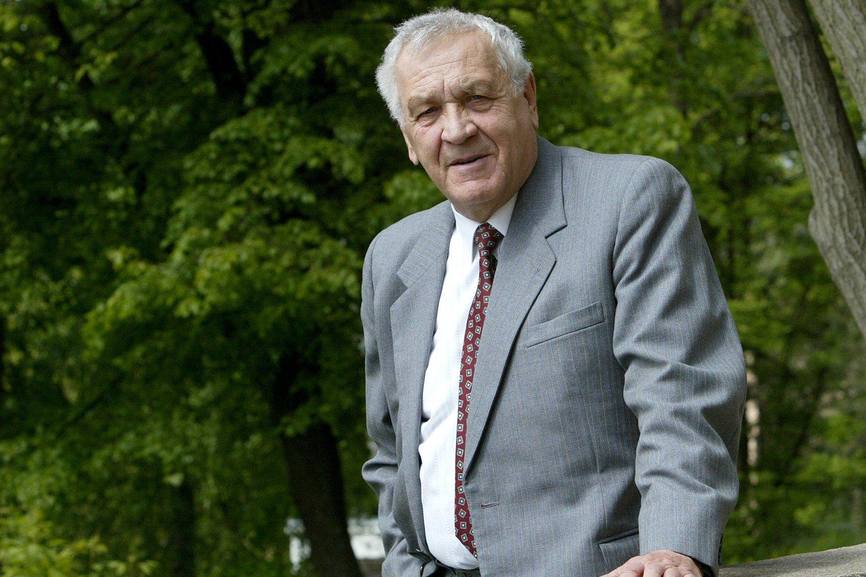 2007 m. mirė poetas, Sąjūdžio iniciatyvinės grupės narys Alfonsas Maldonis (78 m.).<br>R.Jurgaičio nuotr.