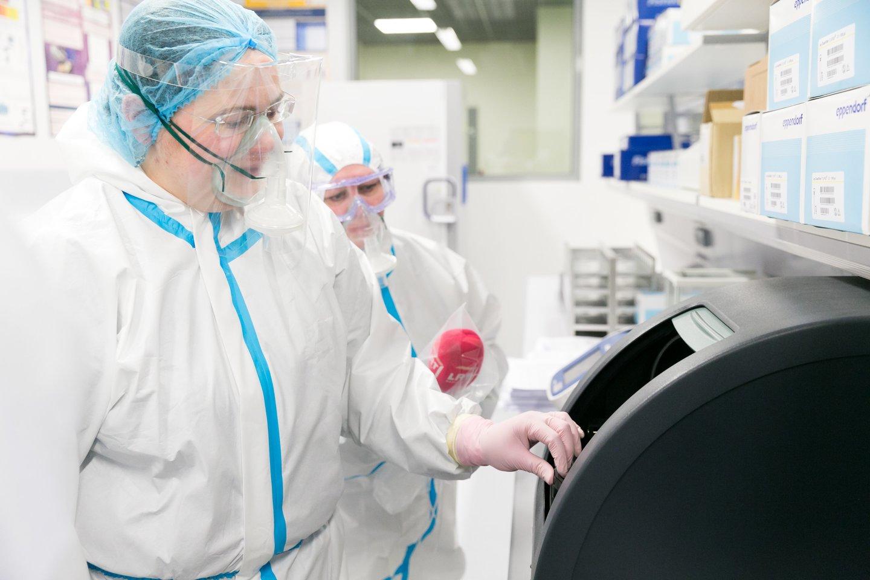 Koronavirusas Lietuvoje kasdien pateikia vis nemalonesnių staigmenų.<br>T.Bauro nuotr.