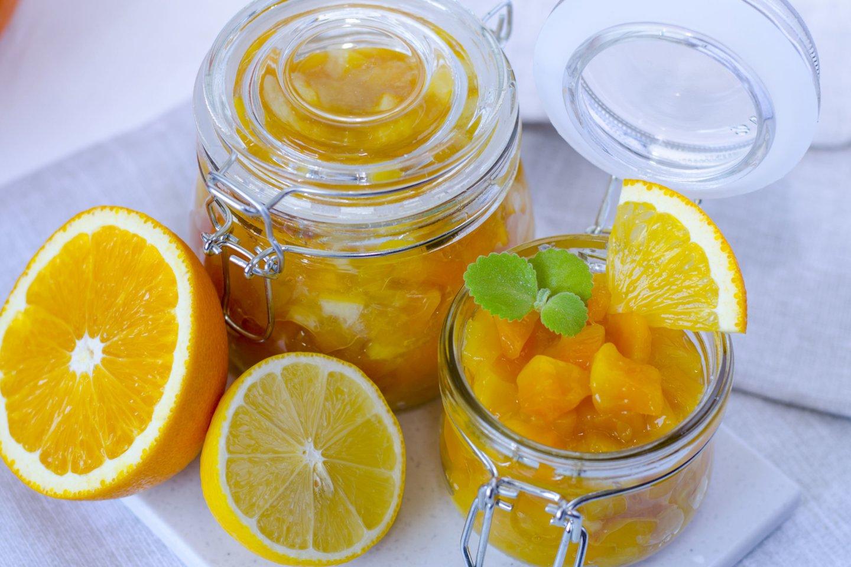 Moliūgienė su citrinomis ir apelsinais.<br>123rf nuotr.