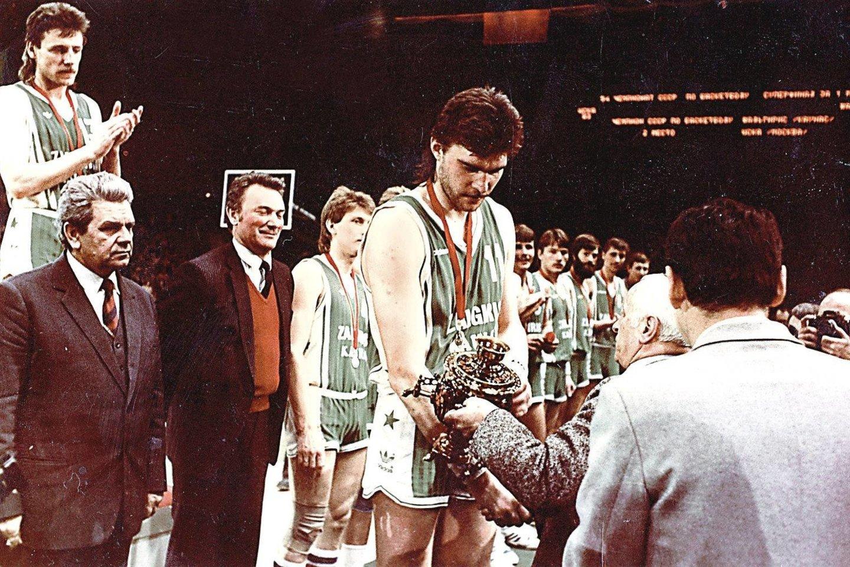 """A.Garastas (nuotr.) pakvietė A.Sabonį į Kauno """"Žalgirį"""" 1981 metais, o po 30 metų buvęs treneris įkalbėjo krepšinio žvaigždę perimti Lietuvos krepšinio federacijos prezidento postą.<br>A.Pliadžio nuotr."""