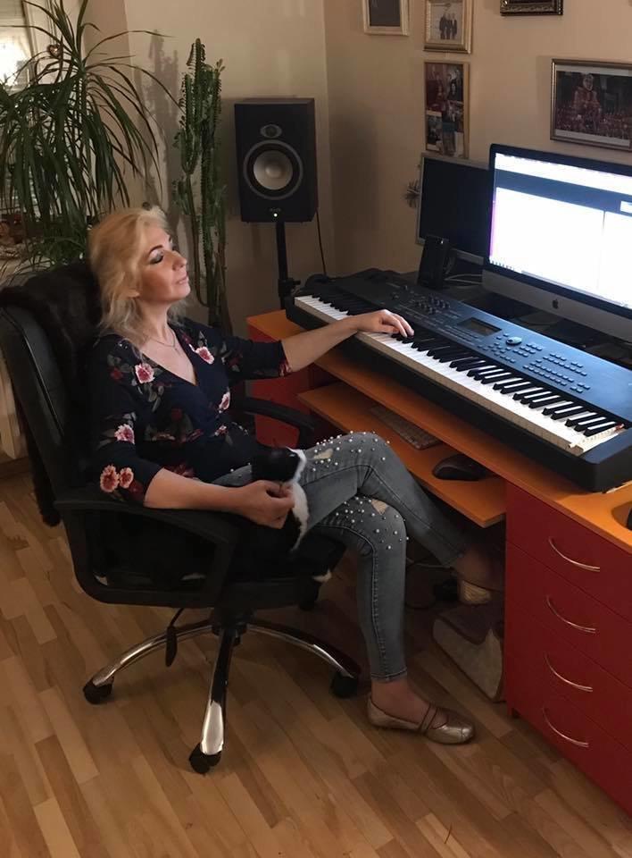 N.Čepaitė-Goldberg savo namų studijoje, 2019 m.<br>Asmeninio archyvo nuotr.