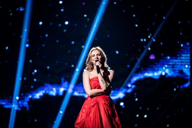 Ieva Narkutė ir Marijonas Mikutavičius pristatė dainą apie neįvykusią meilę.<br>Pr. siuntėjų nuotr.