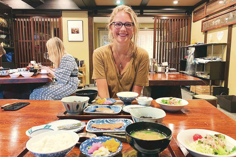 Kulinarinių idėjų savo restoranui Vilniuje L.Silenas-Pudžiuvelienė pasisėmė ir keliaudama po įvairias pasaulio šalis.<br>Nuotr. iš asmeninio albumo