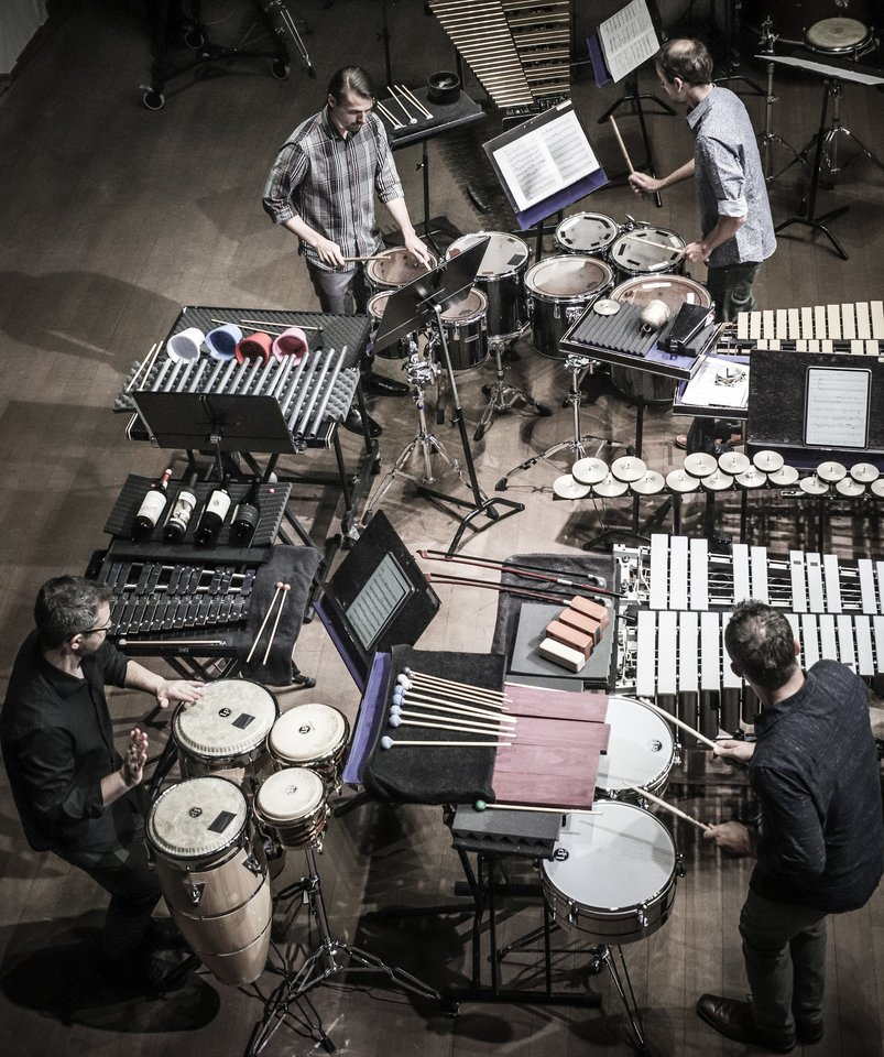"""Tarptautinis aktualiosios muzikos festivalis """"Gaida"""" prasidėjoamerikiečių mušamųjų ansamblio """"Portland Percussion Group"""" koncertu.<br>D.Labučio nuotr."""