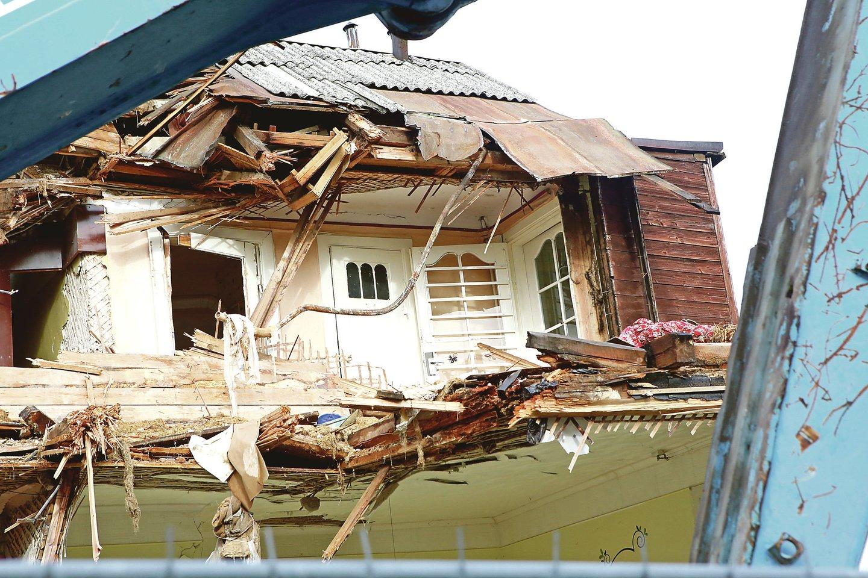 Tarpukariu pastatytą vilą savininkas norėjo nugriauti, nes yra įsitikinęs, kad išsaugoti jos nebuvo įmanoma.<br>M.Patašiaus nuotr.