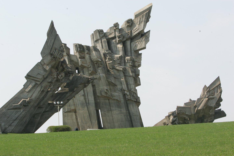 1941 m. Kauno 9-ajame forte įvykdytos didžiausios per Antrąjį pasaulinį karą Holokausto žudynės Lietuvoje – per dieną buvo sušaudyta daugiau kaip 9000 žmonių.<br>A.Barzdžiaus nuotr.