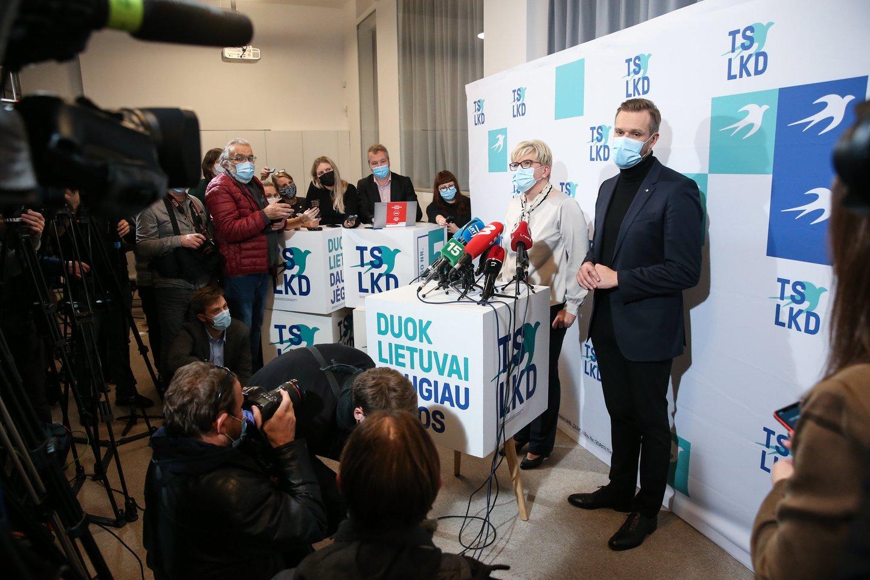 Ingrida Šimonytė ir Gabrielius Landsbergis antrojo rinkimų turo naktį.<br>R.Danisevičiaus nuotr.