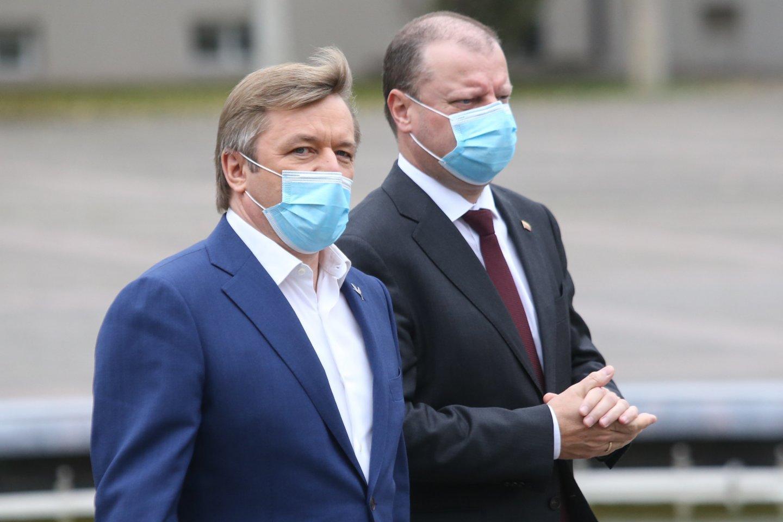 Ramūnas Karbauskis ir Saulius Skvernelis.<br>R.Danisevičiaus nuotr.
