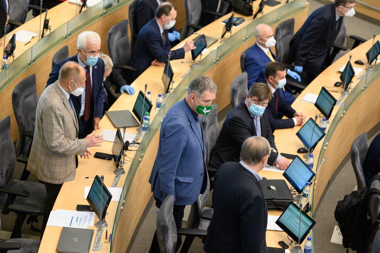 58 – tiek dabartinių Seimo narių jau už mėnesio teks atsisveikinti su šalies parlamento koridoriais – rinkėjų sprendimų, jie nebuvo perrinkti darsyk.<br>V.Skaraičio nuotr.