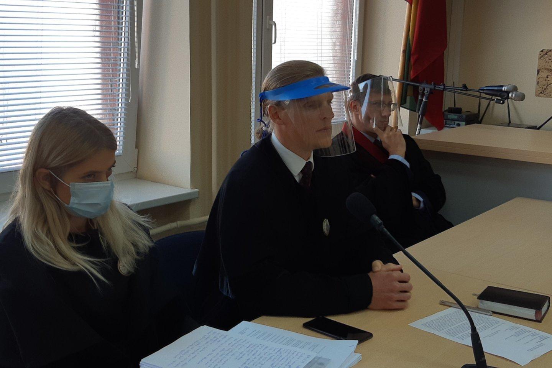 Klaipėdos teismas išnagrinėjo skundus paauglę išprievartavusio, žiauriai ją sumušusio jurbarkiečio M.Icikevičiaus byloje ir paskelbė verdiktą.<br>A.Pilaitienės nuotr.