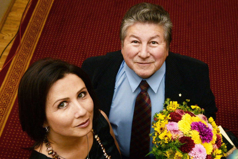 Kompozitorius A.Šenderovas iki paskutinių gyvenimo dienų artimai bendravo su JAV gyvenančia dukterimi Žaneta.<br>D.Matvejevo nuotr.