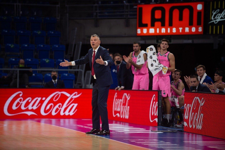 Š. Jasikevičiaus auklėtiniai išsigelbėjo Vitorijoje.<br>Barca Basket/Twitter nuotr.