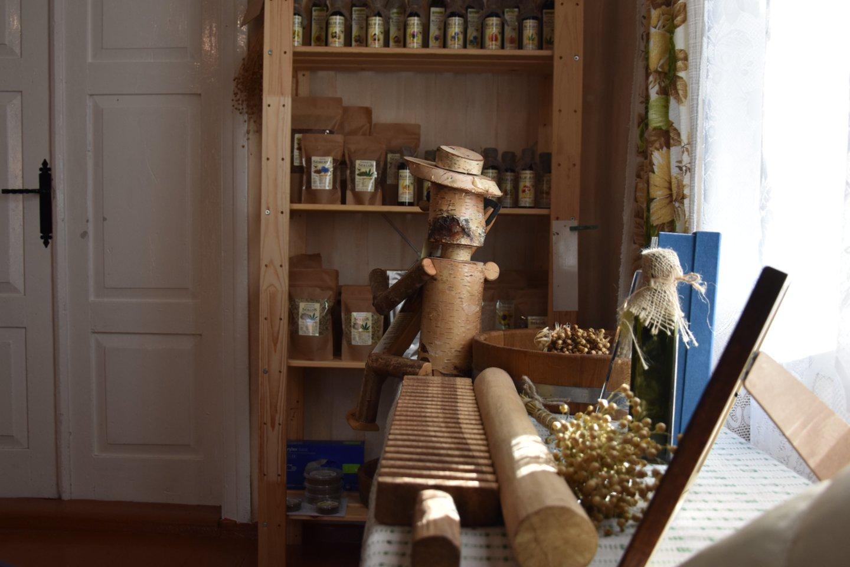 Katinų ūkio lentynas nuolat papildo kokie nors nauji produktai.<br>A.Srėbalienės nuotr.