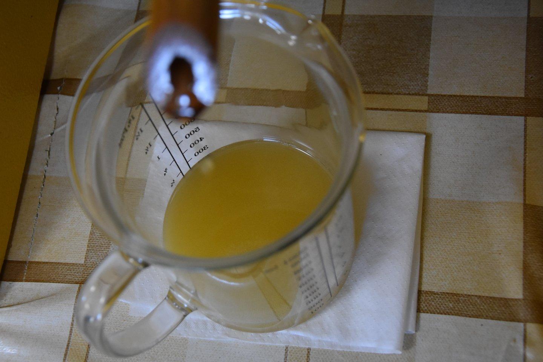 Sėmenų aliejus – lyg lietuviškas auksas: vertingas.<br>A.Srėbalienės nuotr.