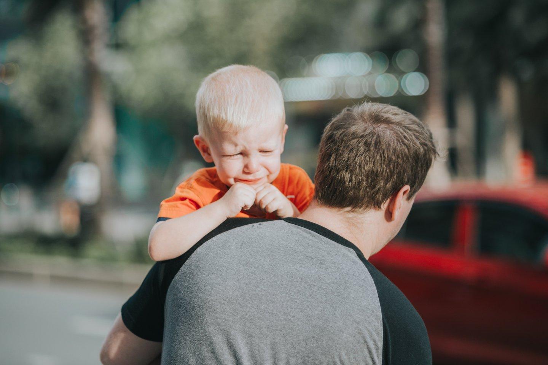 """Empatija, pastangos į situaciją pažiūrėti iš vaiko perspektyvos yra vienas iš kelių, kaip netinkamam elgesiui užkirsti kelią ateityje ir auginti saugumo jausmą.<br>""""Pexels"""" nuotr."""