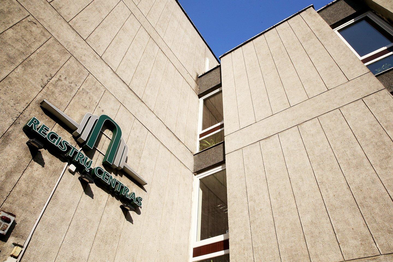 Teisingumo ministras siūlys sumažinti spalį įsigaliojusius Registrų centro įkainius už paveldėto turto registravimą, o centrui siūlys grąžinti žmonėms permokas.<br>R.Danisevičiaus nuotr.