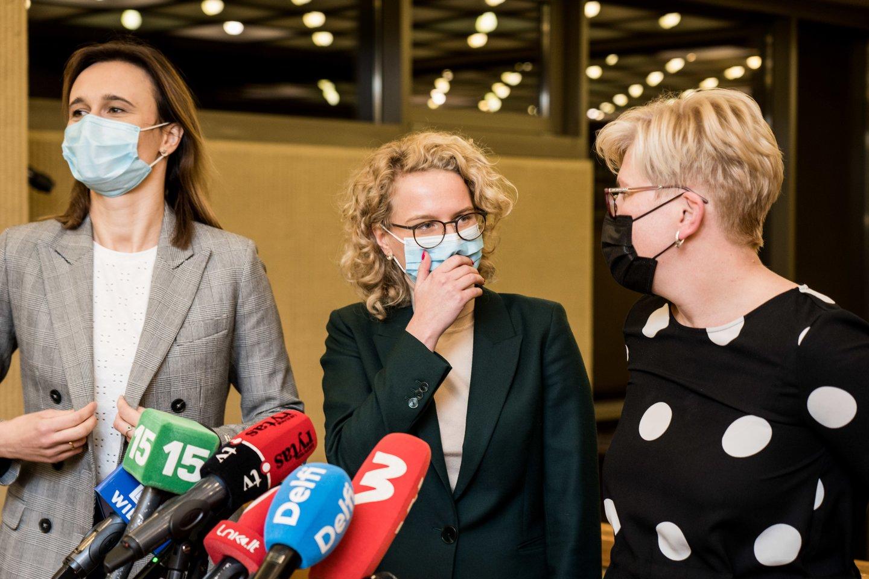 Valdančiąją daugumą Seime suformavo Tėvynės sąjunga-Lietuvos krikščionys demokratai (TS-LKD), Liberalų sąjūdis ir Laisvės partija.<br>V.Skaraičio nuotr.