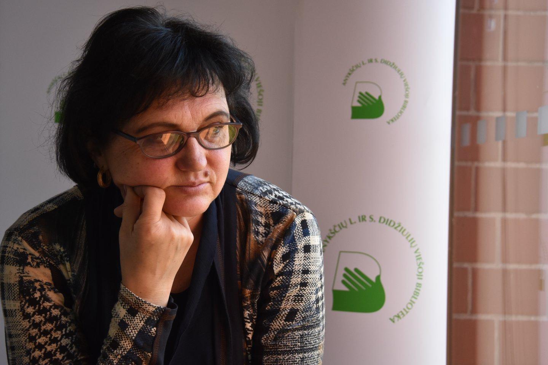 Knygų skaitymas ir dainavimas – didžiausi D.Staškevičienės pomėgiai.<br>A.Srėbalienės nuotr.