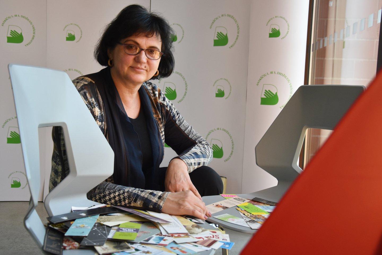 D.Staškevičienė knygų skirtukus kolekcionuoja nuo 2008-ųjų.