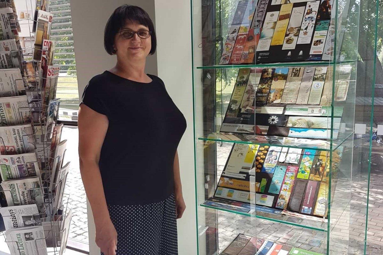 Daiva ir jos skirtukų paroda Anykščių bibliotekoje.<br>Asmeninio archyvo nuotr.