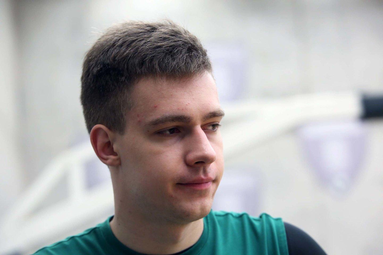 Marekas Blaževičius pasirašė trejų metų sutartį,<br>M.Patašiaus nuotr.