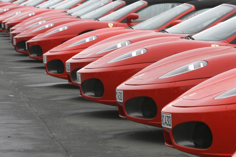 """Italijos automobilių gamintojas """"Ferrari"""" vargu, ar kada nors gamins elektromobilius.<br>lrytas.lt nuotr."""