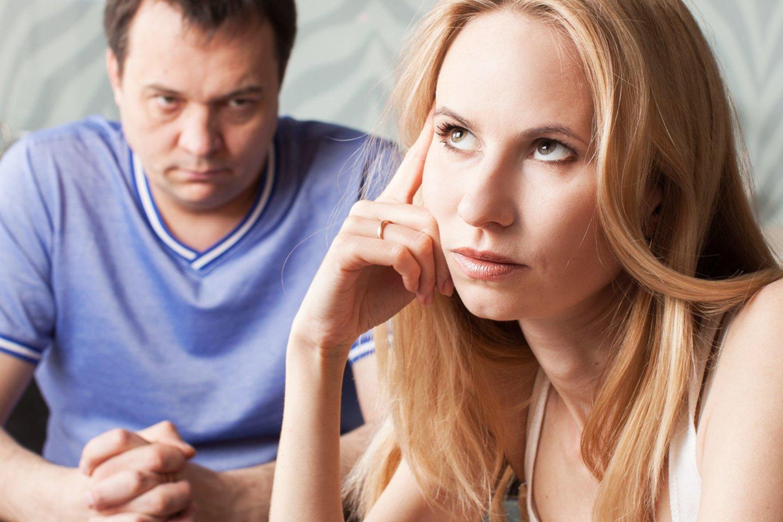 Moteris kankinosi visus metus, kol suprato, ko vertas jos naujasis draugas.<br>123rf nuotr.