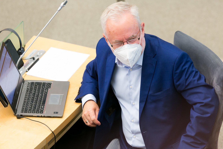 Valdantieji keičia valstiečius papiktinusį siūlymą Seimo Audito komiteto pirmininko poziciją atiduoti ne opozicijai, o Seimo Mišriai parlamentarų grupei.<br>T.Bauro nuotr.