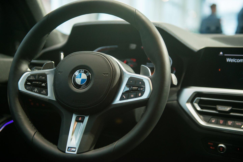 Nors automobilių saugos priemonės tampa vis pažangesnės, jomis užkirsti kelią ilgapirščiams visgi pavyksta ne visada.<br>J.Stacevičiaus nuotr.