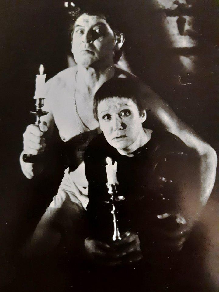 "Romano Viktiuko režisuotas spektaklis ""Meistras ir Margarita"" (pagal M. Bulgakovą). 1988 m.<br>LRDT nuotr."