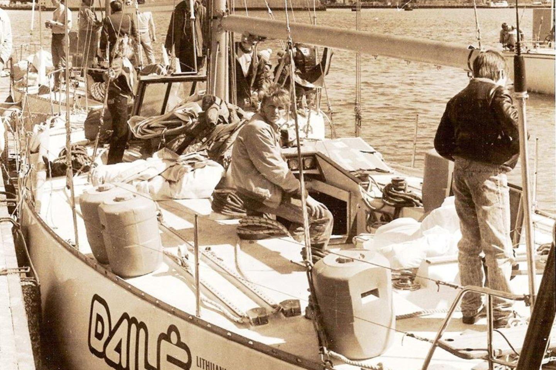 """""""Dailė"""" rengiasi kelionei Smiltynės jachtklube.<br>J.Jurginio nuotr."""