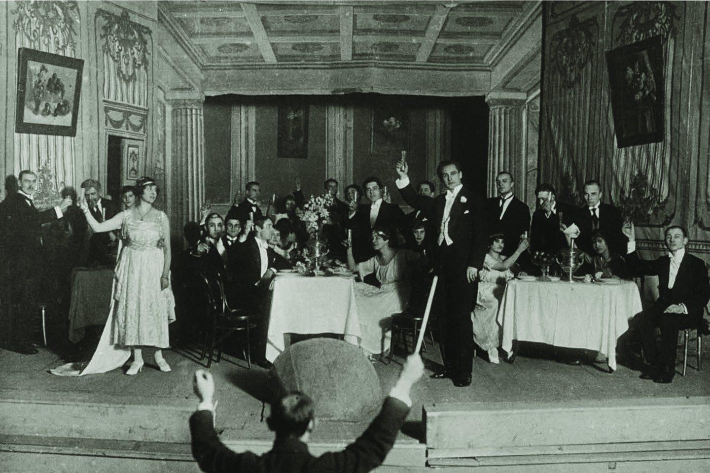 """Nuo 1920-ųjų gruodžio 31-ąją parodytos """"Traviatos"""" prasidėjo Lietuvos operos teatro istorija.<br>Nuotr. iš LMTKM fondų"""