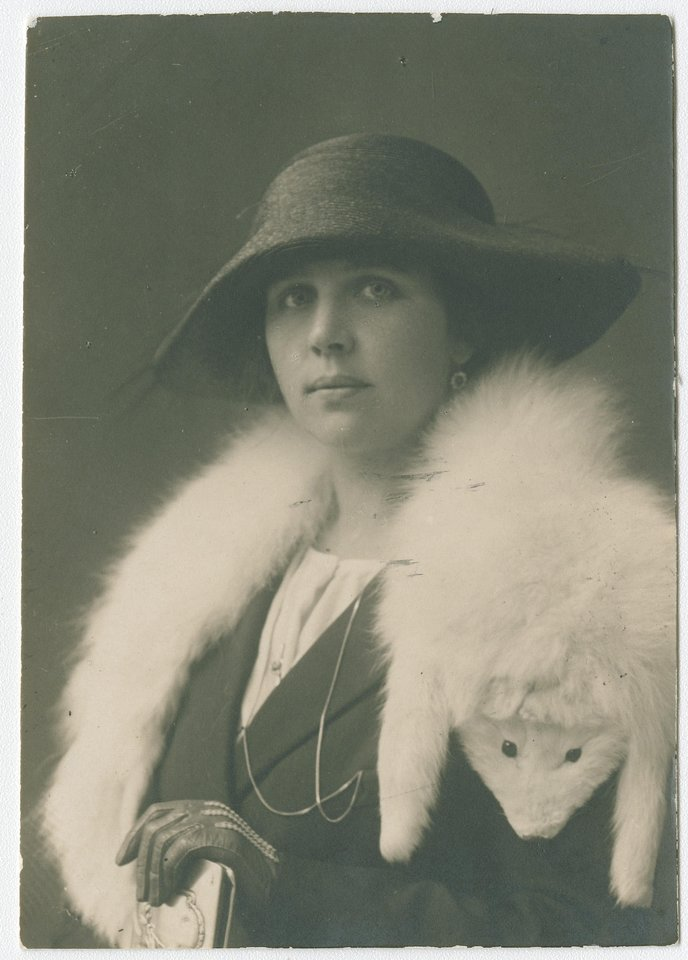 Solist4 A.Galaunienė 1922 m.<br>Nuotr. iš LMTKM fondų